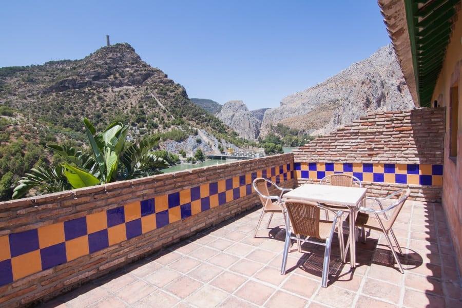 Terraza con vistas a La Garganta | @lagarganta.com