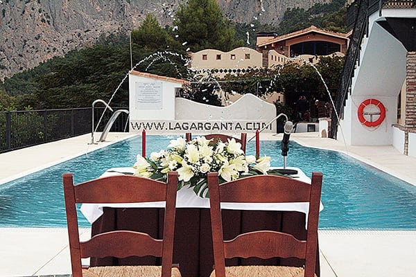 Piscina disponible para eventos en CTR La Garganta