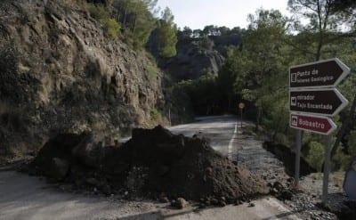 corte-carretera-ardales-caminito-del-rey-acceso-norte-inundaciones